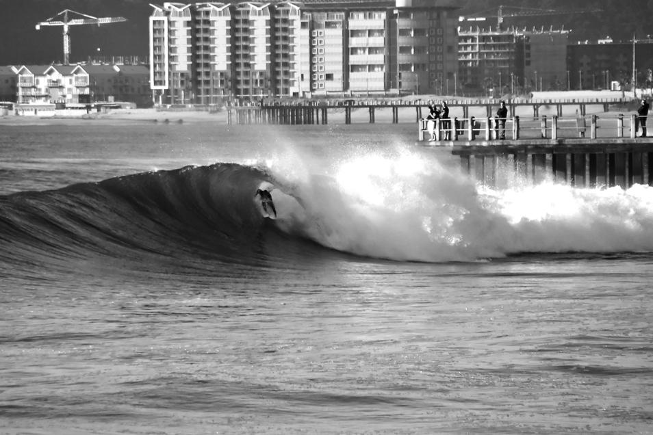 Warwick Wright Surfer Warwick Wright at New Pier