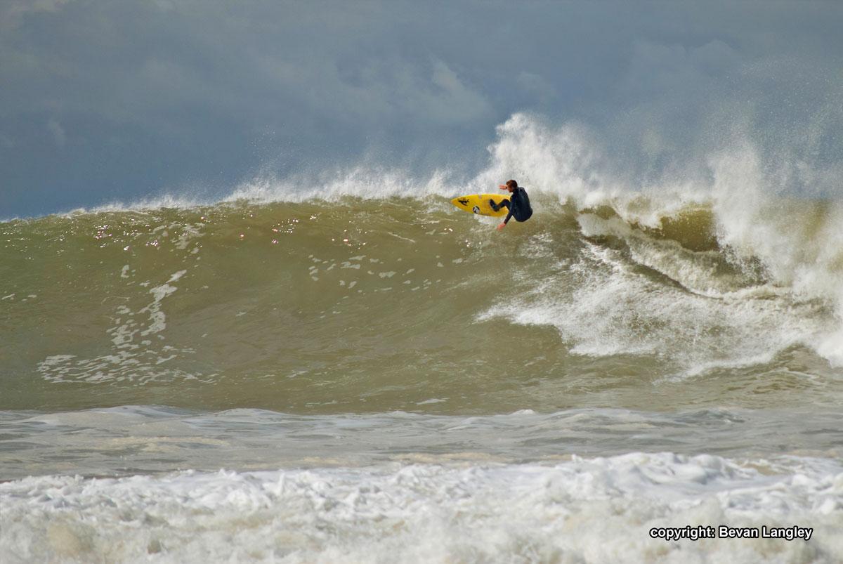 Kyle-Theirman-Surfing-Jeffreys-Bay