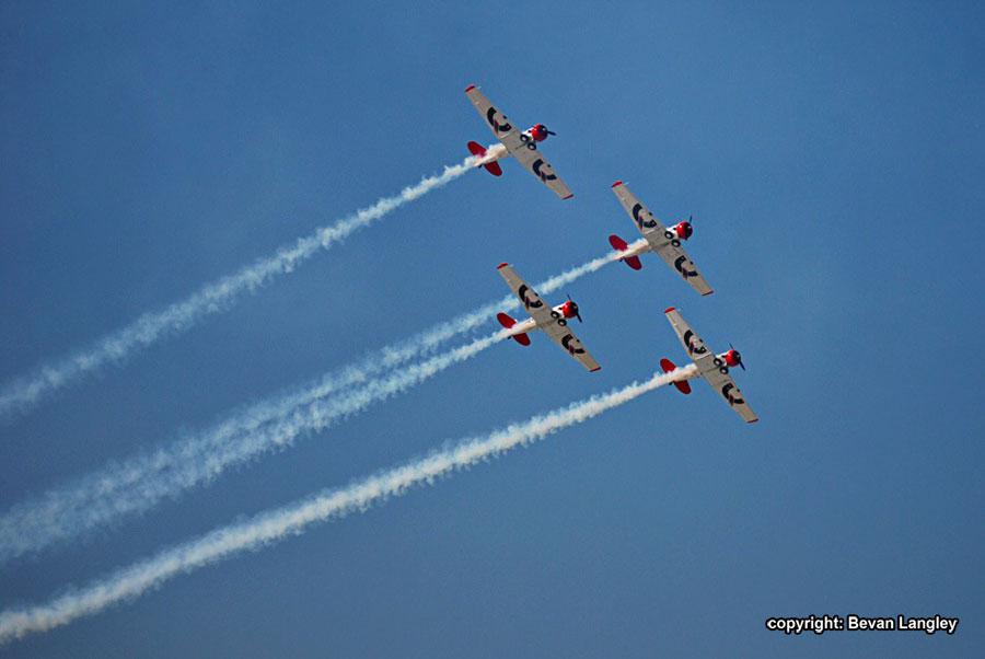Virginia-Air-Show-Durban-four-planes